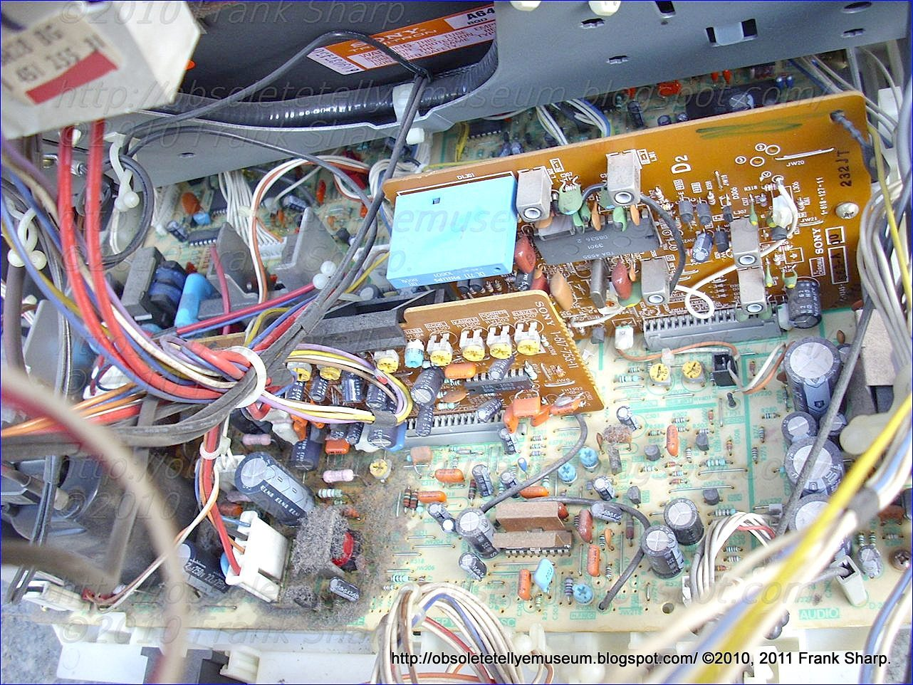 Obsolete Technology Tellye Sony Kv 27xr Ta Chassis Scc 783b A Sx 20v Regulated Power Supply Circuit Powersupplycircuit The Is Somewhat Brother With Different Design And Components Compared To Older Awesome Rx2 Of 1985