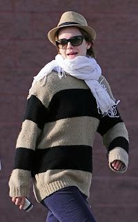 2011-Emma-Watson-movie-01