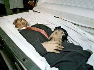http://2.bp.blogspot.com/-XIhQGIkaPk4/T_vCFNJm1cI/AAAAAAAACS0/95ALgNdx1_M/s400/richest-gangster-Amado-Carrillo-Fuentes+amado.jpg
