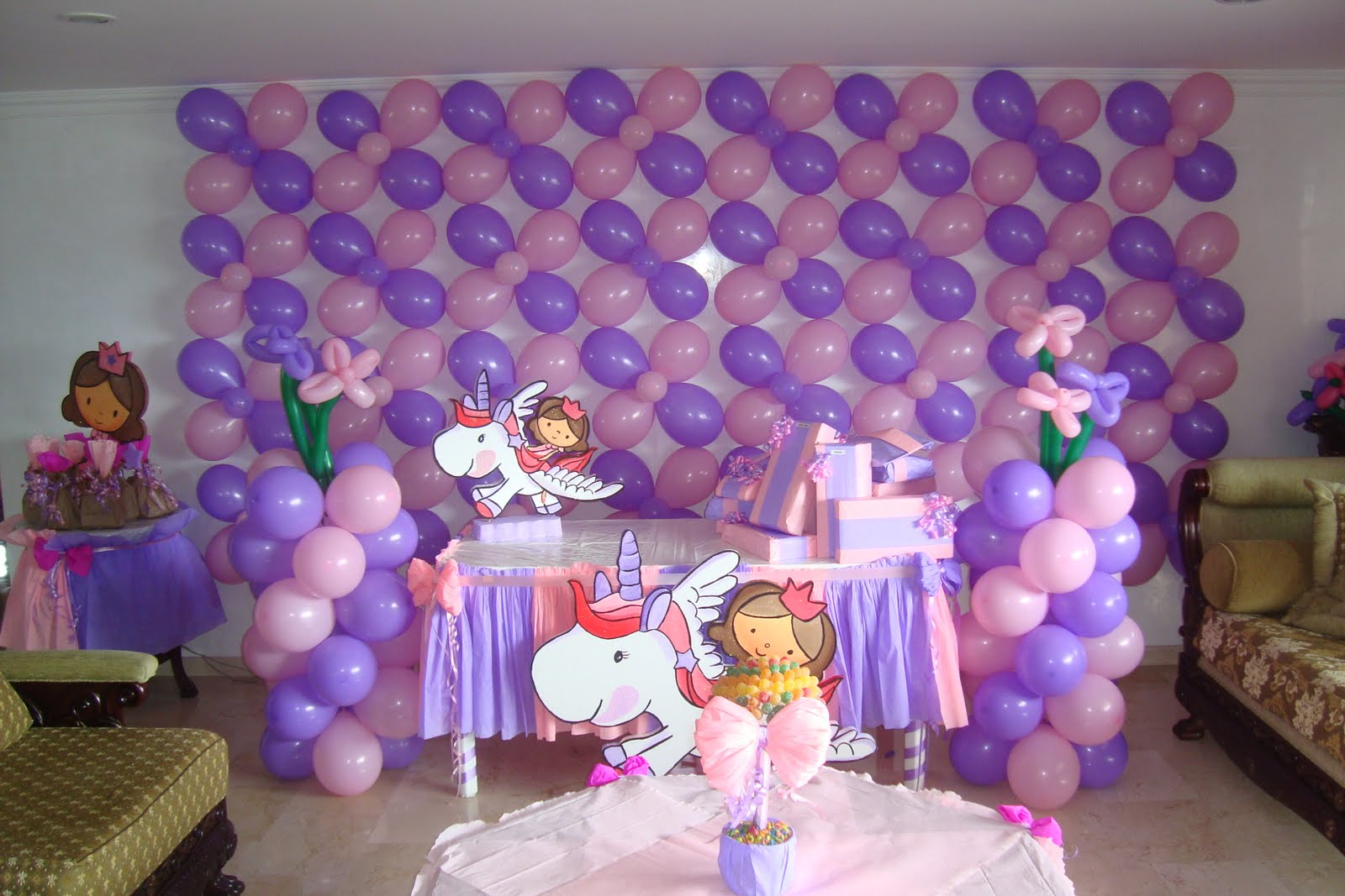 Decoracion cumplea os infantiles for Decoracion fiestas tematicas
