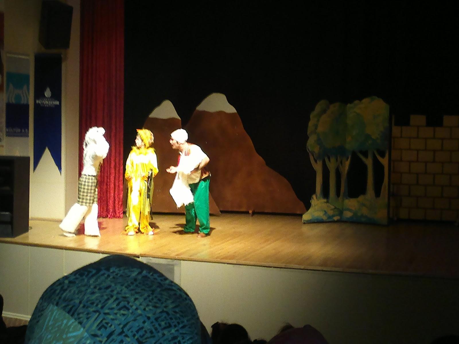 çocuk tiyatrosu, tiyatro etkinlikleri