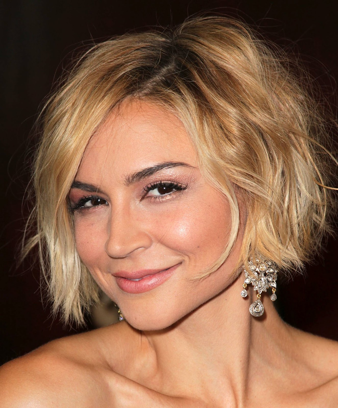 Elegant black hairstyles for everybody pictures