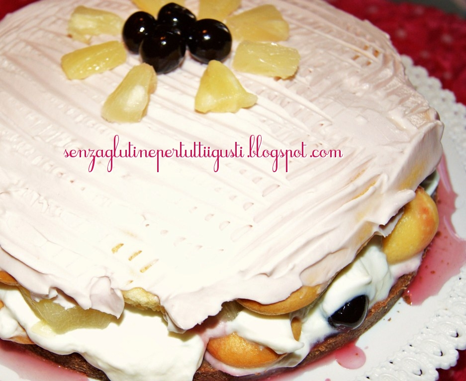 Cake Anans Fruit Rouge