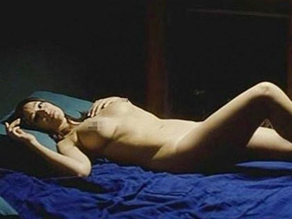 M Nica Belluci Desnuda A Sus Os