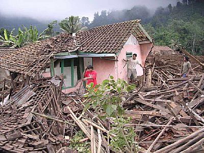 Bencana Hidrometeorologi Dominan Terjadi di Indonesia