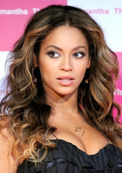 Peinados De Moda Media Melena - Lo último en cortes de pelo ¿Cuál se adapta mejor a tu cara?