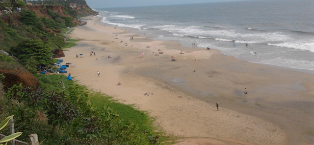 Top view of Varkala Papanasam beach