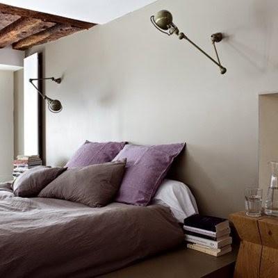 decoracion nordica con apliques vintage industriales en dormitorio