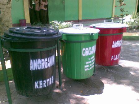 Pengelolaan Sampah yang ramah lingkungan di sekolah
