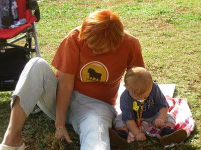 Bir Annenin Blogu - Bahçede Ot Temizleme