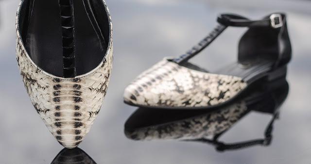 sandale-bareta-picior