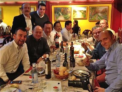 Amigos en Casa Santoña. Blog Esteban Capdevila