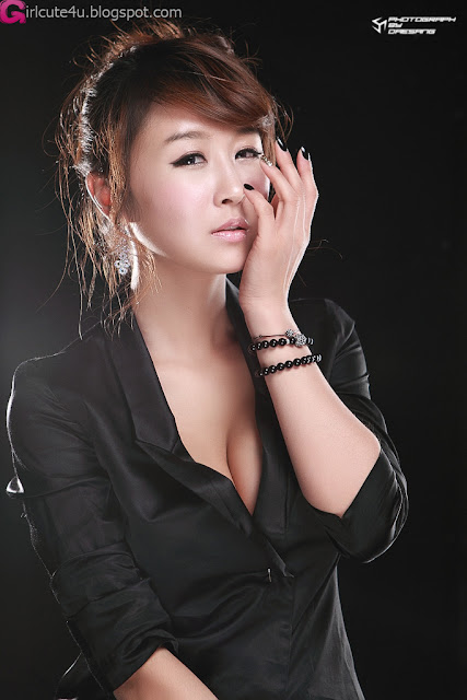 5 Seo Yoon Ah - Sexy in Black-very cute asian girl-girlcute4u.blogspot.com