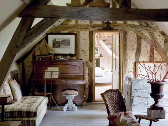 Old Country House Interior Images
