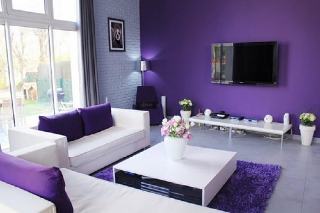 Simple ideas for purple room design interior inspiration for Purple and green living room ideas