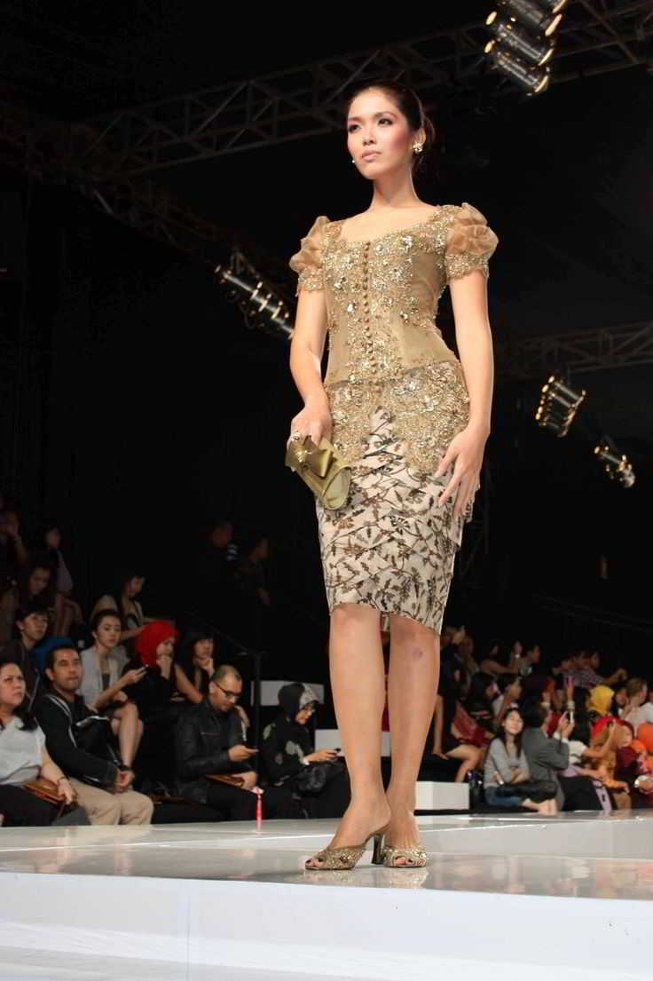 Model Kebaya Pengantin Anne Avantie Modern