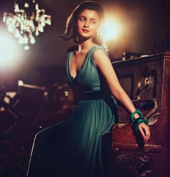 Alia Bhatt :Alia Bhatt's Hot and Unseen Sizzling Photoshoot Pics in HD Quality