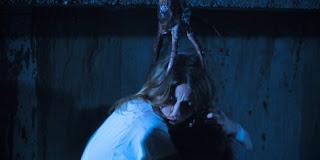 unos de los monstruos de la película Dead Shadows