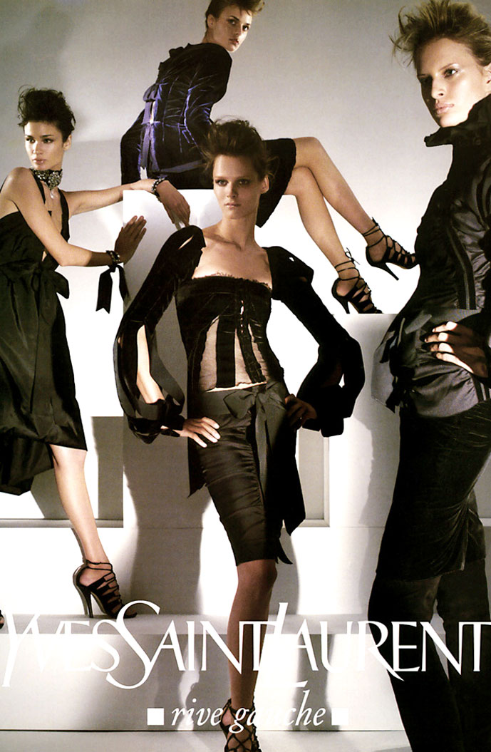 Ai Tominaga, Carmes kass, Karolina Kurkova, Jacquette Wheeler, Liya Kebede & Caroline Ribeiro in Yves Saint Laurent Rive Gauche Fall/Winter 2002 campaign (photography: Steven Meisel, styling: Carine Roitfeld)