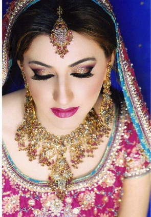 Indian Bridal Make-Up with latest make-up techniques!