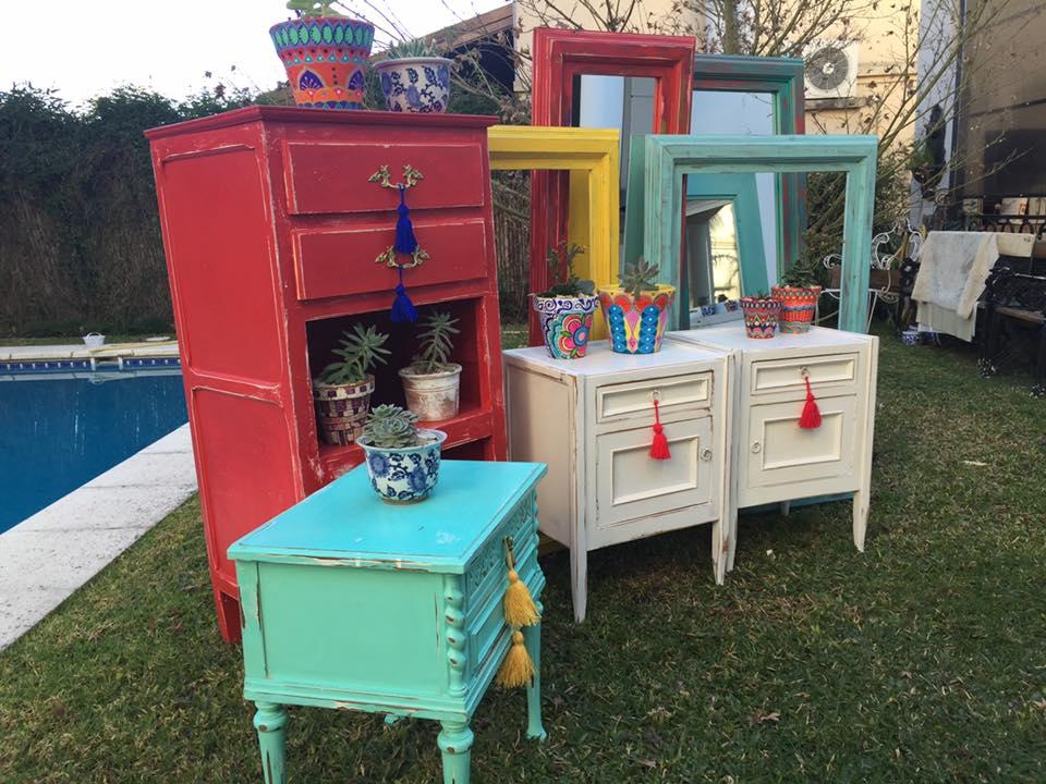 Vintouch muebles reciclados pintados a mano muebles for Diseno de muebles reciclados
