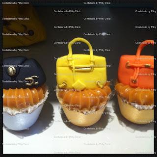 cups+bolsinhas.jpg2 Miniaturas famosas nos Baby cakes da Confeitaria!!
