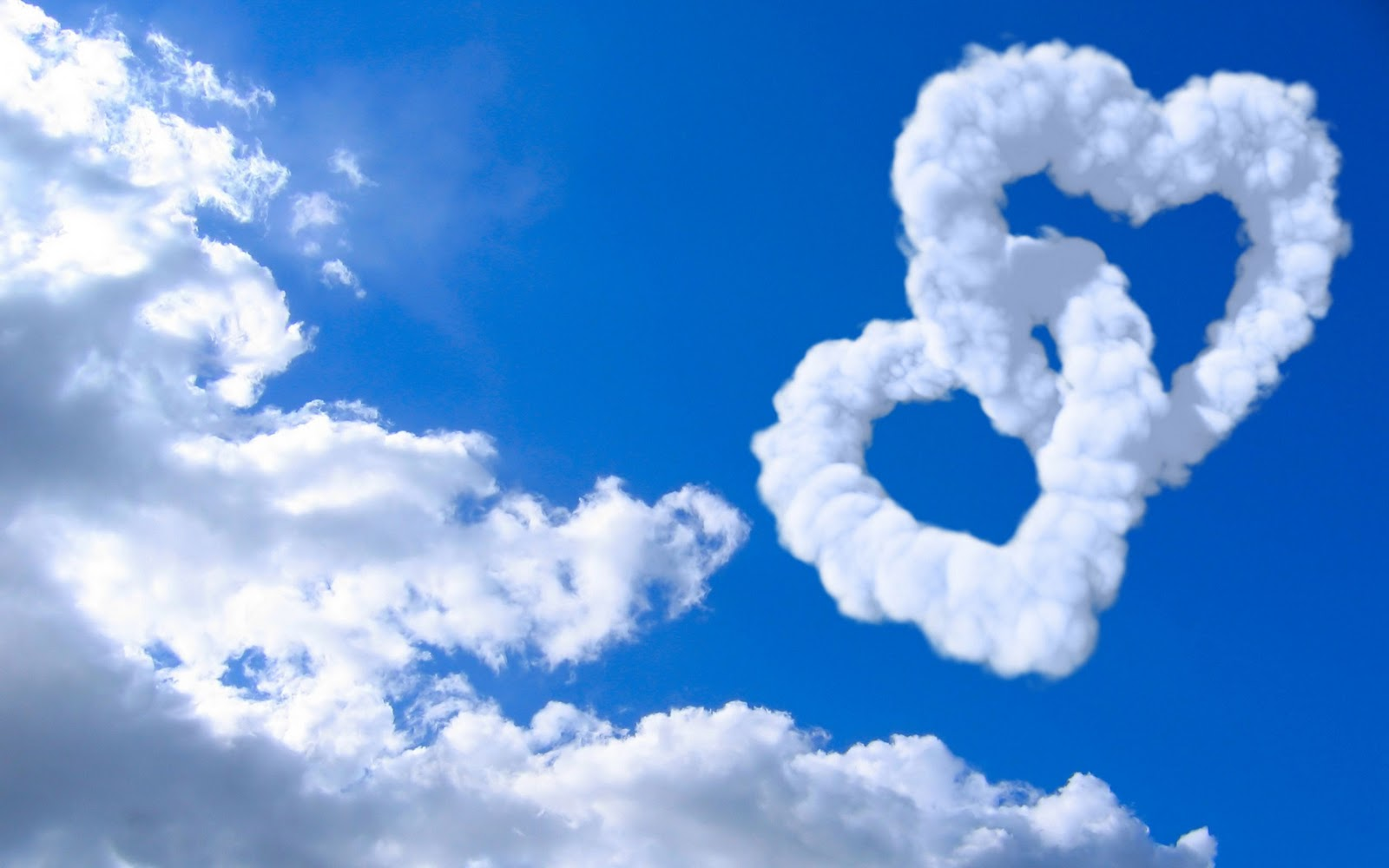 http://2.bp.blogspot.com/-XL8ks3tSBts/TygKoZsPJ2I/AAAAAAAAC8k/oySSJd9rKoU/s1600/love_hearts_clouds_in_blue_sky-wide.jpg
