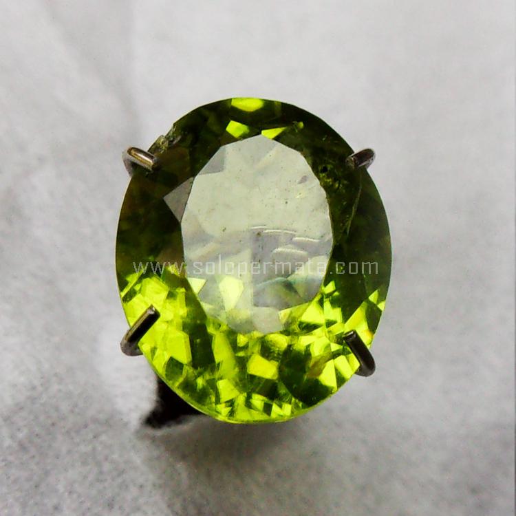 Batu Permata Green Peridot - SP968