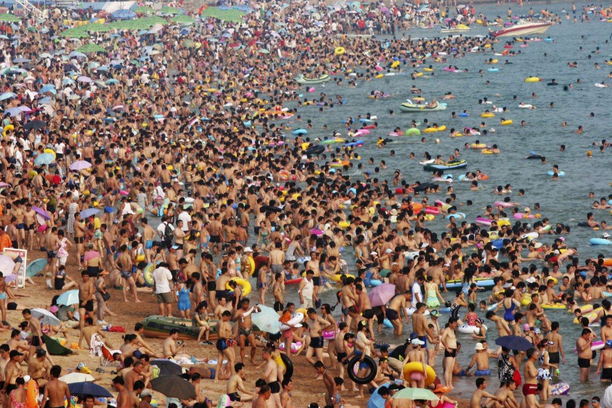 Hasil gambar untuk negara china padat penduduk