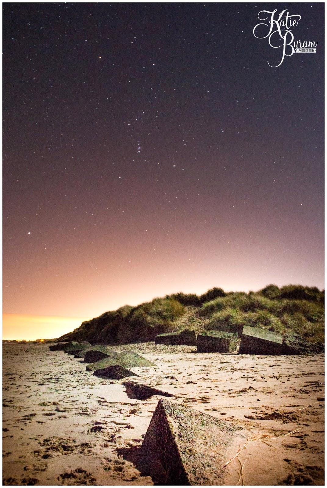druridge bay, druridge, northumberland coast, northumberland, starry night, starry sky, night sky, orions belt, beach war defences, aurora hunting, katie byram photography