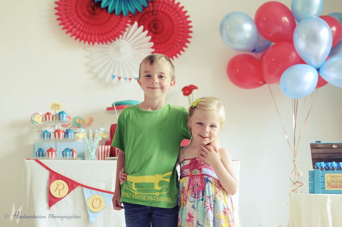 ballons et rosaces décorations anniversaire
