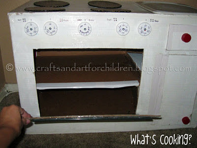 DIY Kids Oven from Cardboard