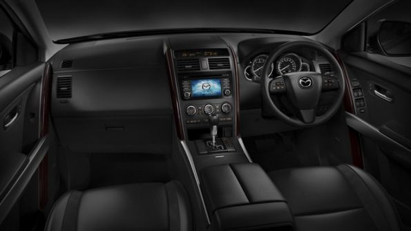 Mazda CX-9 inside photo