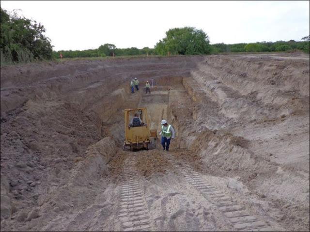 Adoi - Rumah Bawah Tanah Dibina Menjelang Kiamat 21-12-2012