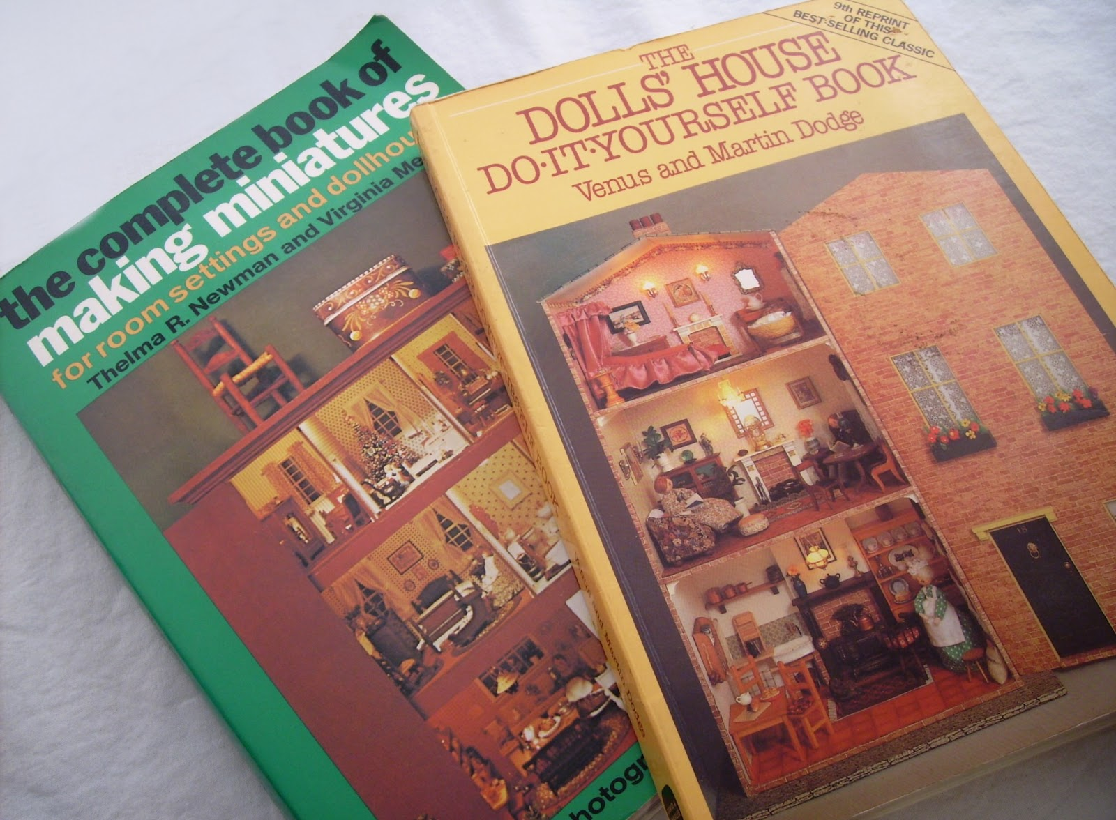 Candy apple crafts and sweet old things august 2012 the dolls house do it yourself book solutioingenieria Choice Image