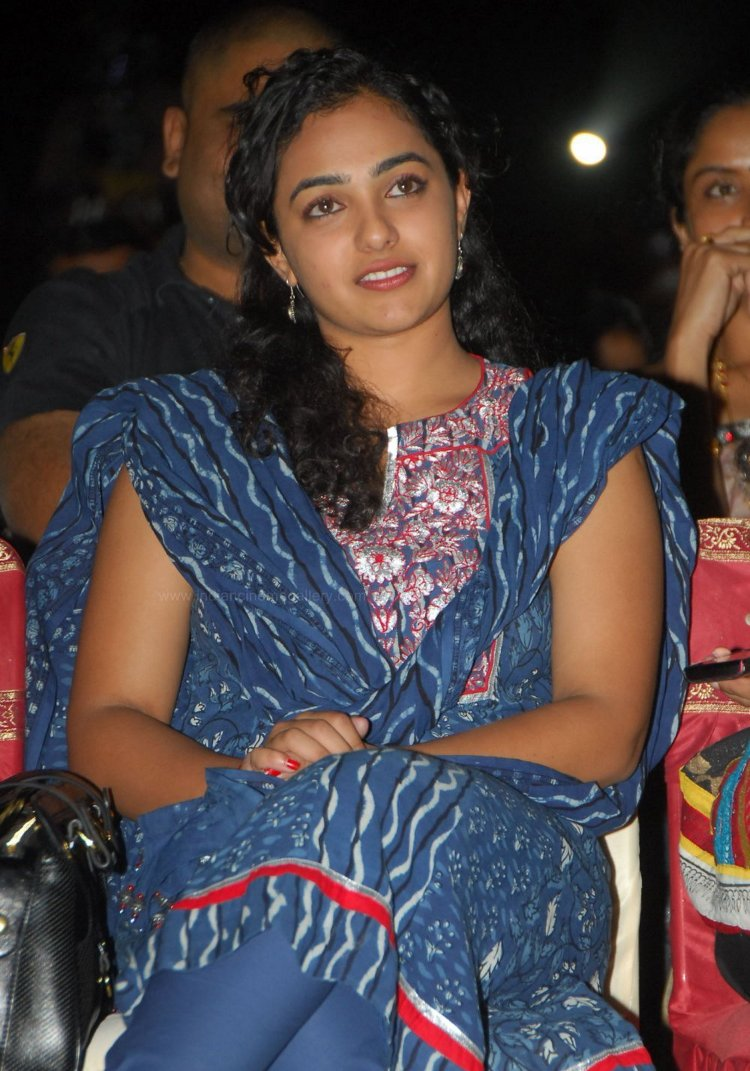 south indian: Nithya Menon Latest hot Images Gallery