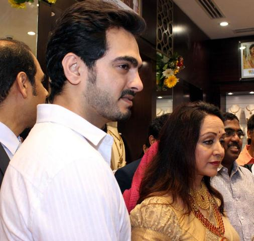Hema Malini with Son-in-law Bharat Takhtani