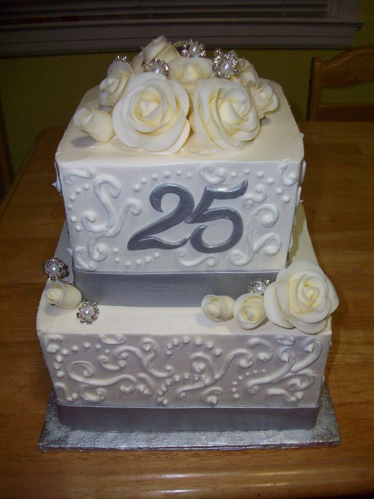 Cake Pictures For Anniversary : Cakes by Monica P: 25th Anniversary Cake