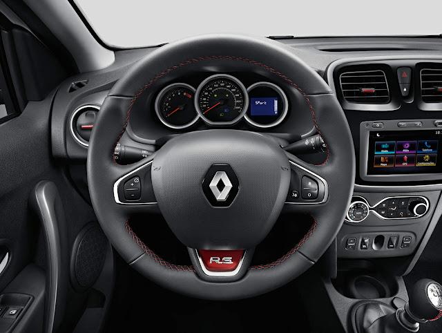 Renault Sandero R.S. 2.0 - interior - painel