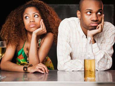 bad-date-couple-at-bar