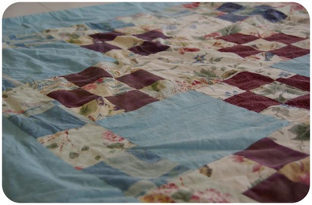 patchwork quilt, guilting, tilkkupeitto, tilkkutäkki, diy, tee itse