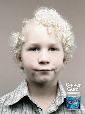 20 Creative and Clever Bubble Gum Ads (20) 5
