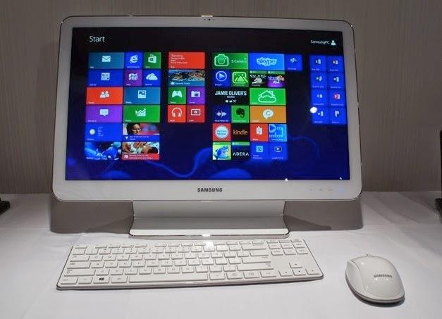 Samsung ATIV One 5 Style на столе - презентация
