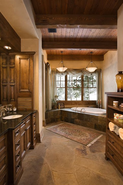 Luxury bathroom Rustic Interior Design for Lakeview Residence Decoração rústica