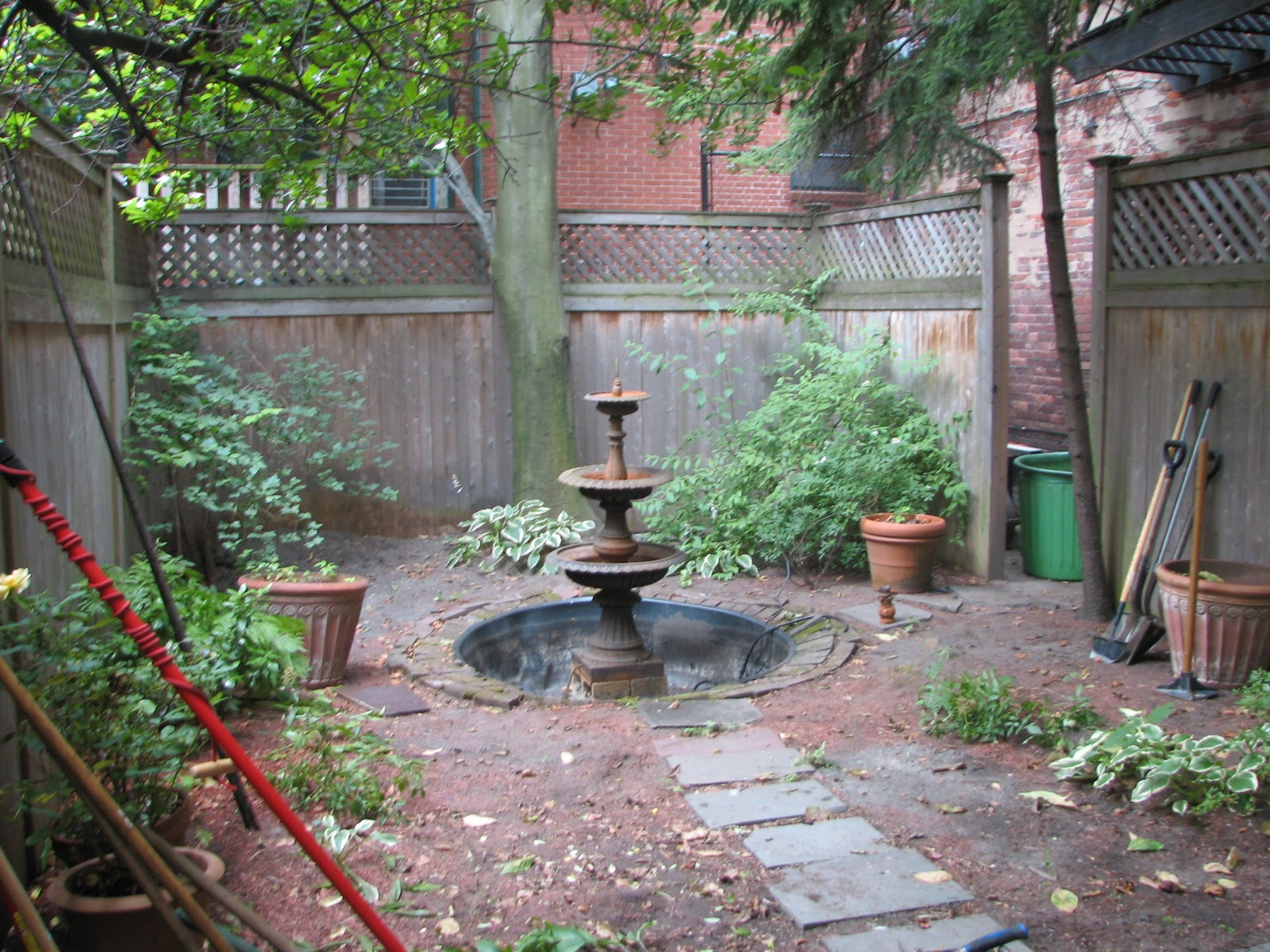 Wikworks inc boston courtyard landscape design project for Courtyard landscaping ideas