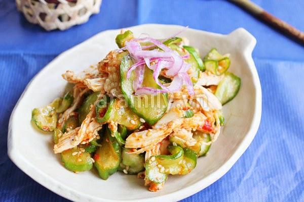 Salad Gà dưa leo kiểu Hàn Quốc chua cay giòn ngon