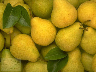yellow pears اكثر الاطعمة التي تساعدك على خسارة الوزن - الكمثرى