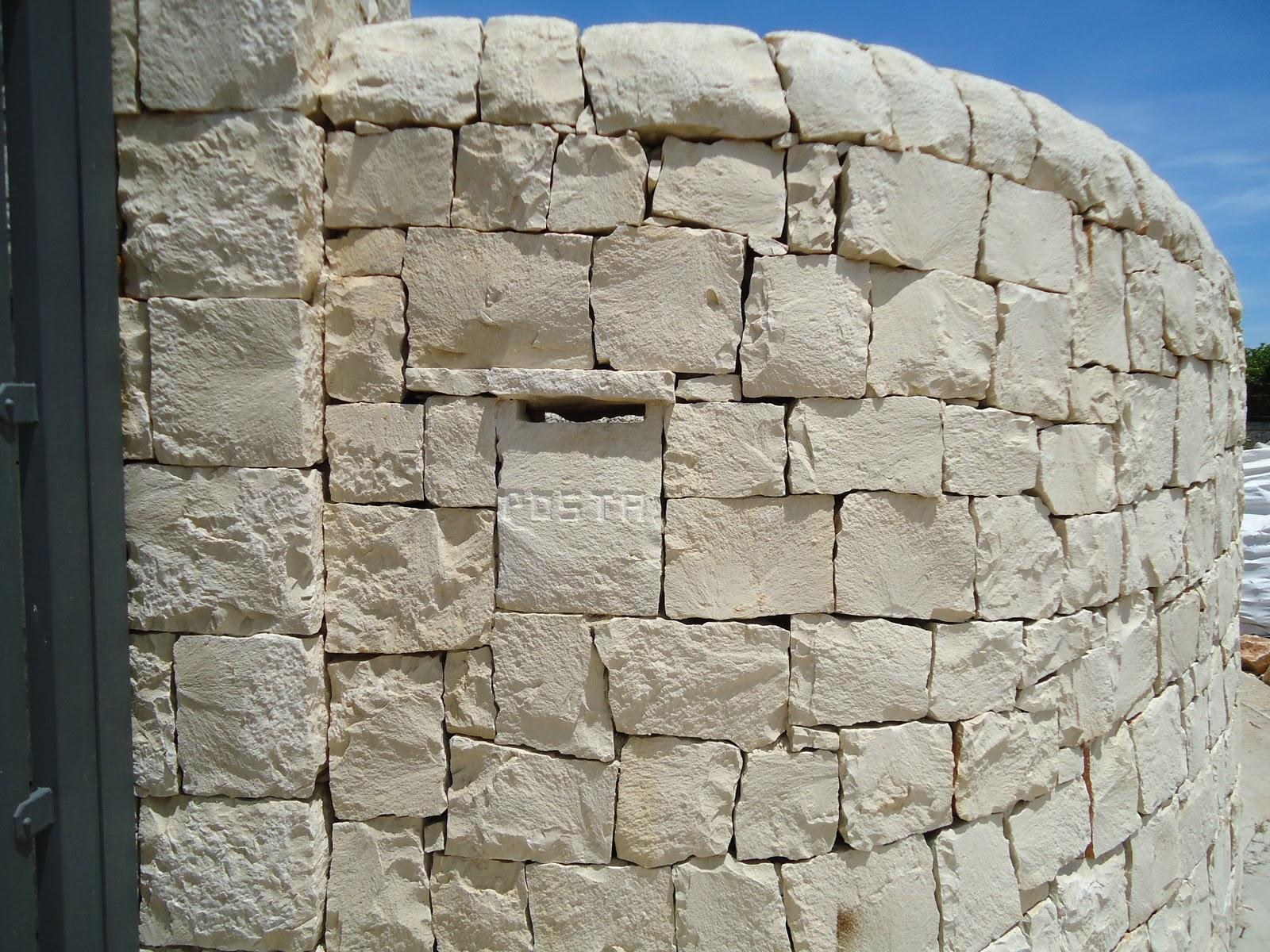 Top elegant la facciata di questa casa stata rivestita in - Facciata casa in pietra ...