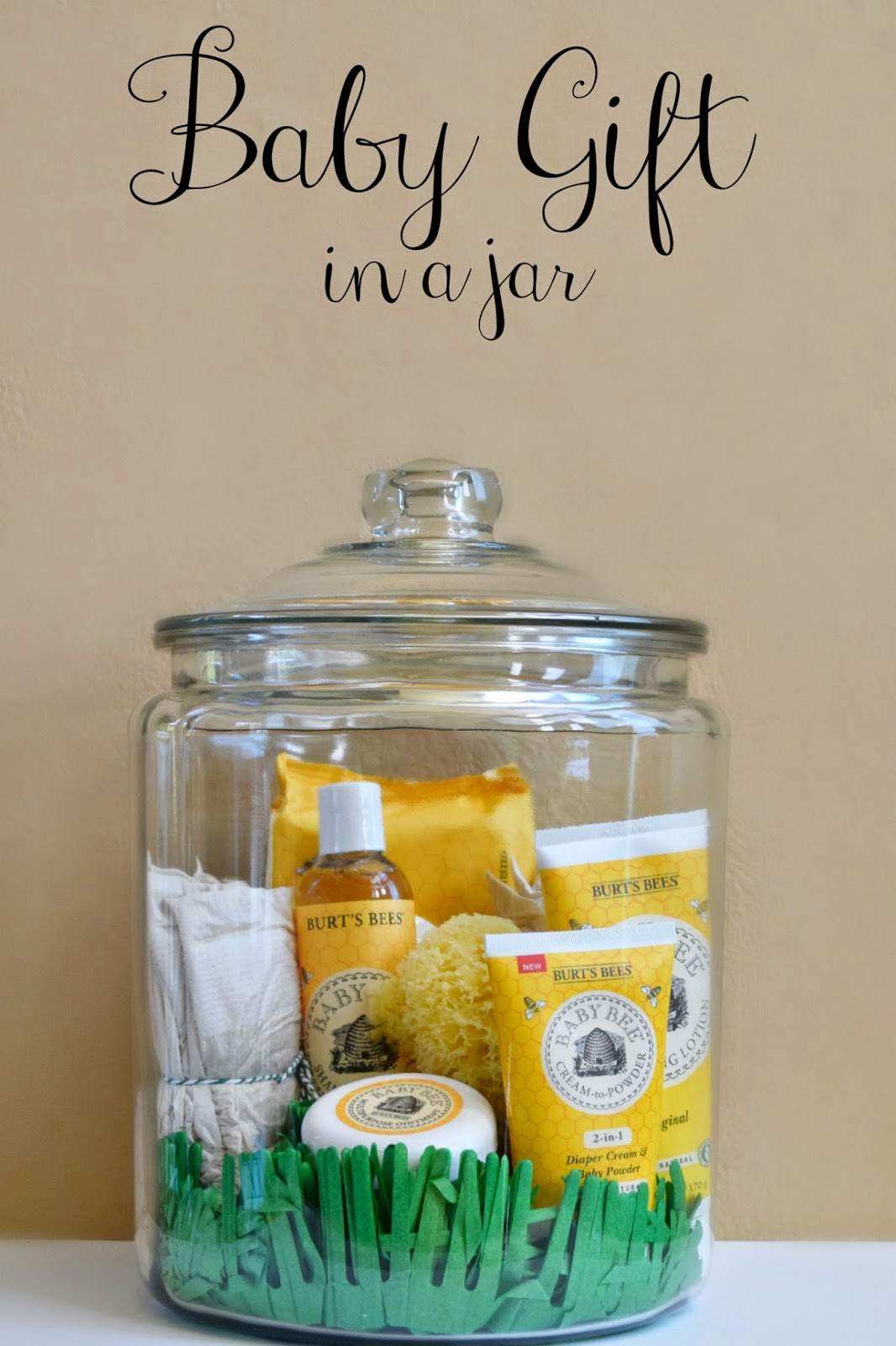 Baby Gift Jars : Mommy testers natural baby gift in a jar with bee