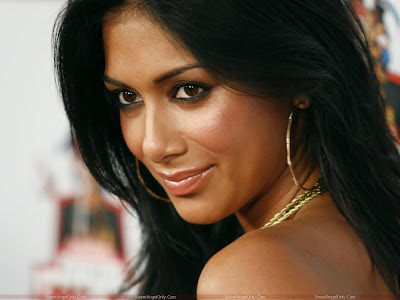 nicole_scherzinger_beautiful_face_wallpaper_sweetangelonly.com